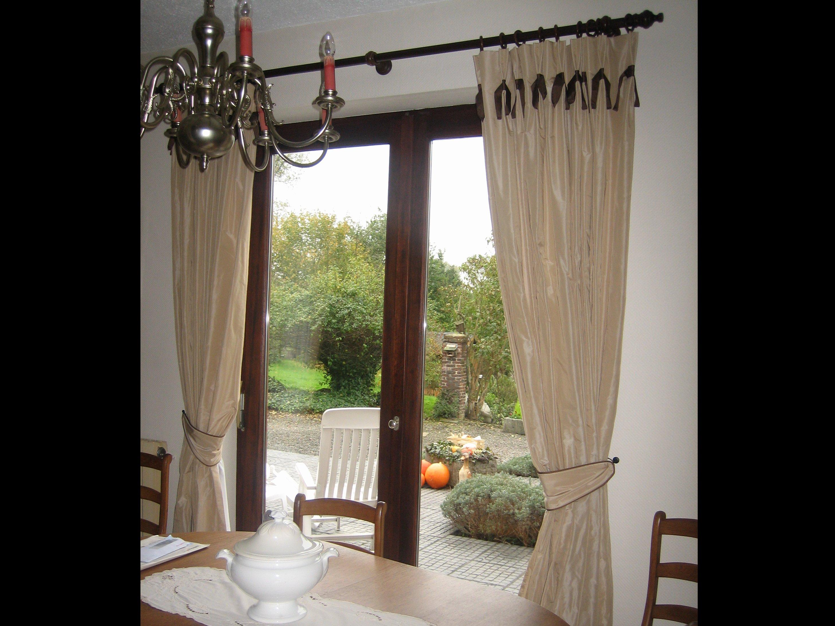 de fil en sc ne photos tentures. Black Bedroom Furniture Sets. Home Design Ideas